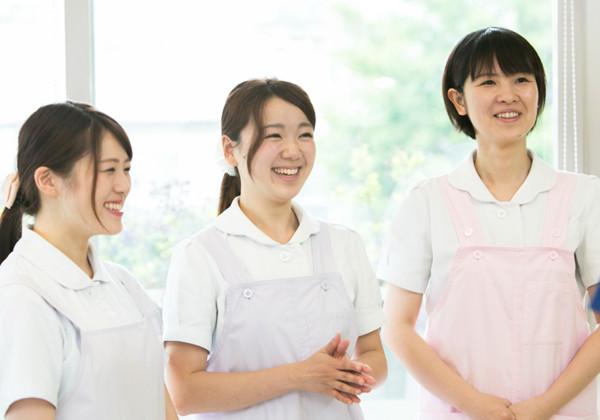 理由2.歯科助手は感じの良い女性が採用されやすい
